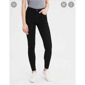 NWOT American Eagle Women Blk Skinny Jeans 34/36
